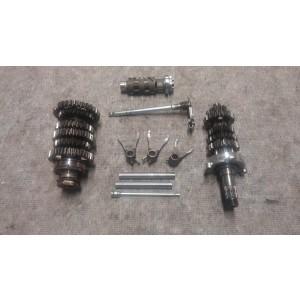 Getriebe , Schaltwalze , Schaltgabel  Triumph Street Triple R 675 Modell 2012
