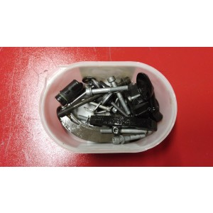 Schraubensatz , Zylinderkopf , Motordeckel vorne , diverse Kleinteile BMW R9T R Nine T
